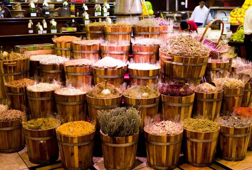Dubai Baharat Çarşısı